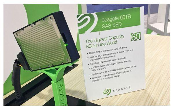 قرص SAS SSD